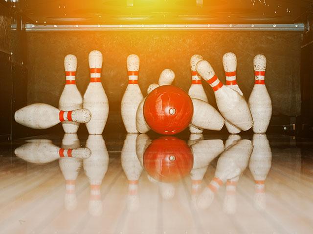 Hypermoderne Bowling SC-03